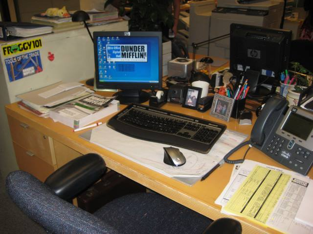 Dwight Schrutes desk